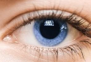 עיניים יבשות מפריעות לכם בנהיגה? יש דרכים לטפל בזה!