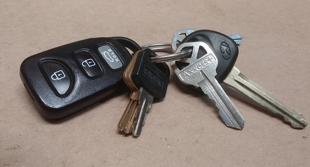איך בוחרים האם לקנות רכב חדש או משומש?