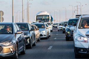 איך להימנע מפקקים בכביש?